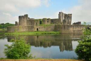 caerphilly-castle_600x400