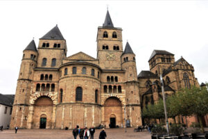 cathedral-of-trier-600x400